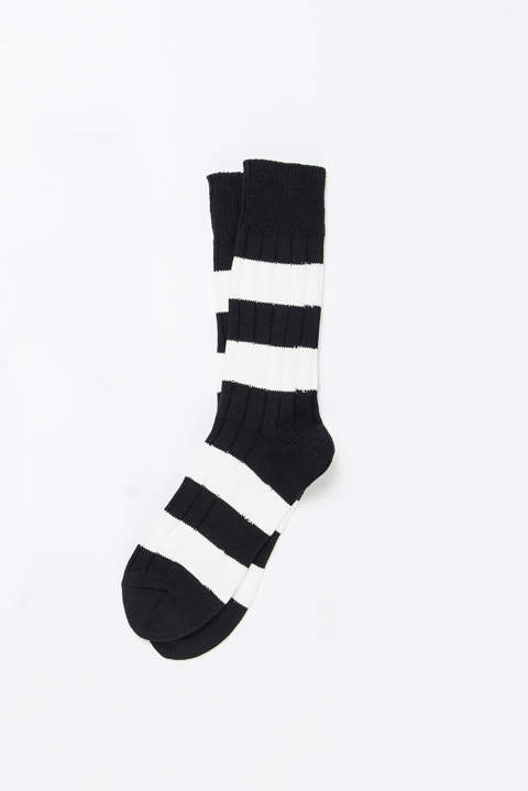 Wide Border Rib Socks
